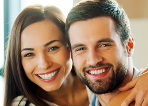 D5-symptoms-smiling-couple-general-dentistry